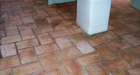 Floor_polish_2
